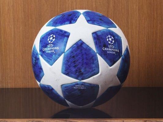 Trái banh thi đấu tại Champions League