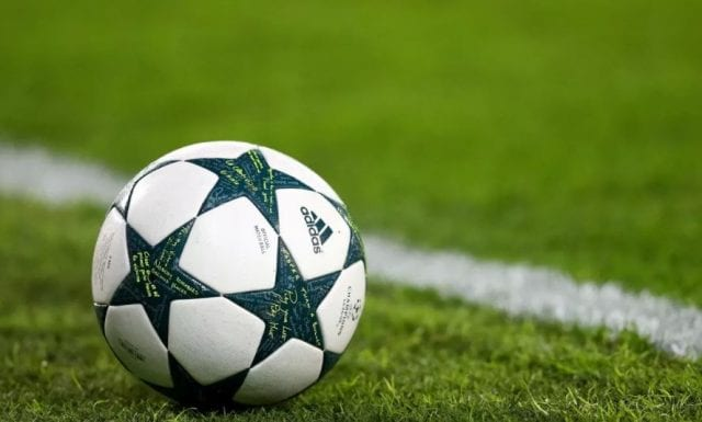 Trái bóng tại Champions League