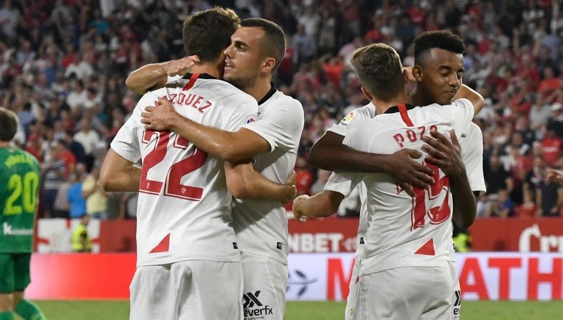 Sevilla tiếp tục bất bại